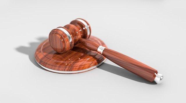 Czego musimy oczekiwać od poprawnego prawnika?